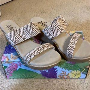 Island 🌴 Elastic Slide shoes